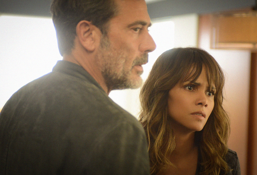 Jeffrey Dean Morgan as JD Richter and Halle Berry as Molly Woods.
