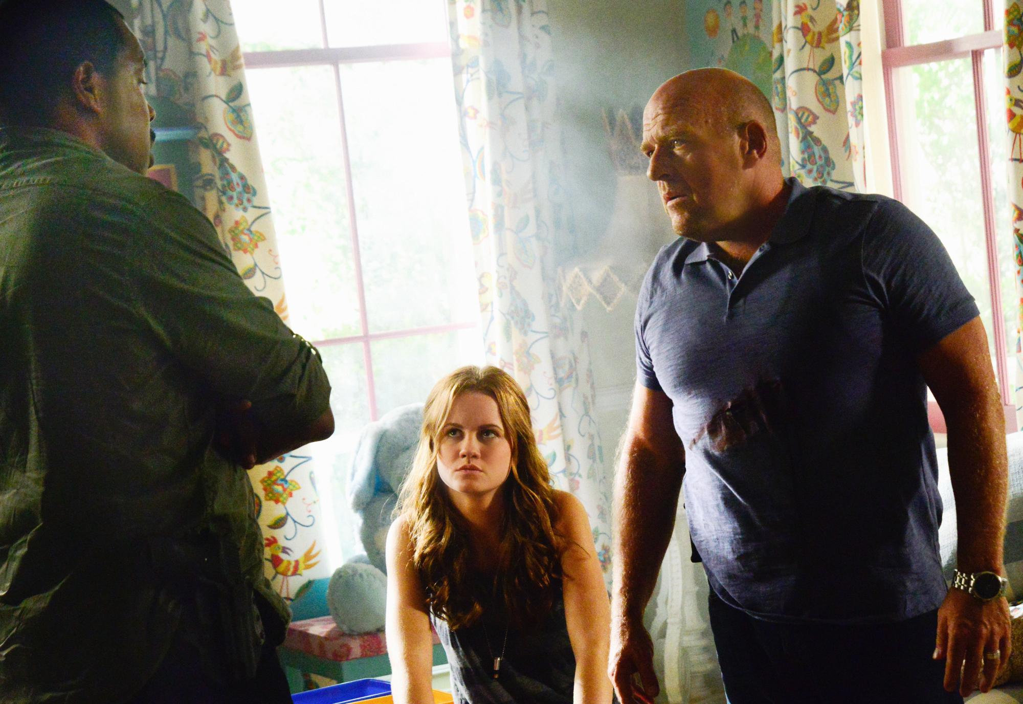 Eriq La Salle as Hektor Martin, Mackenzie Lintz as Norrie Calvert-Hill, and Dean Norris as James