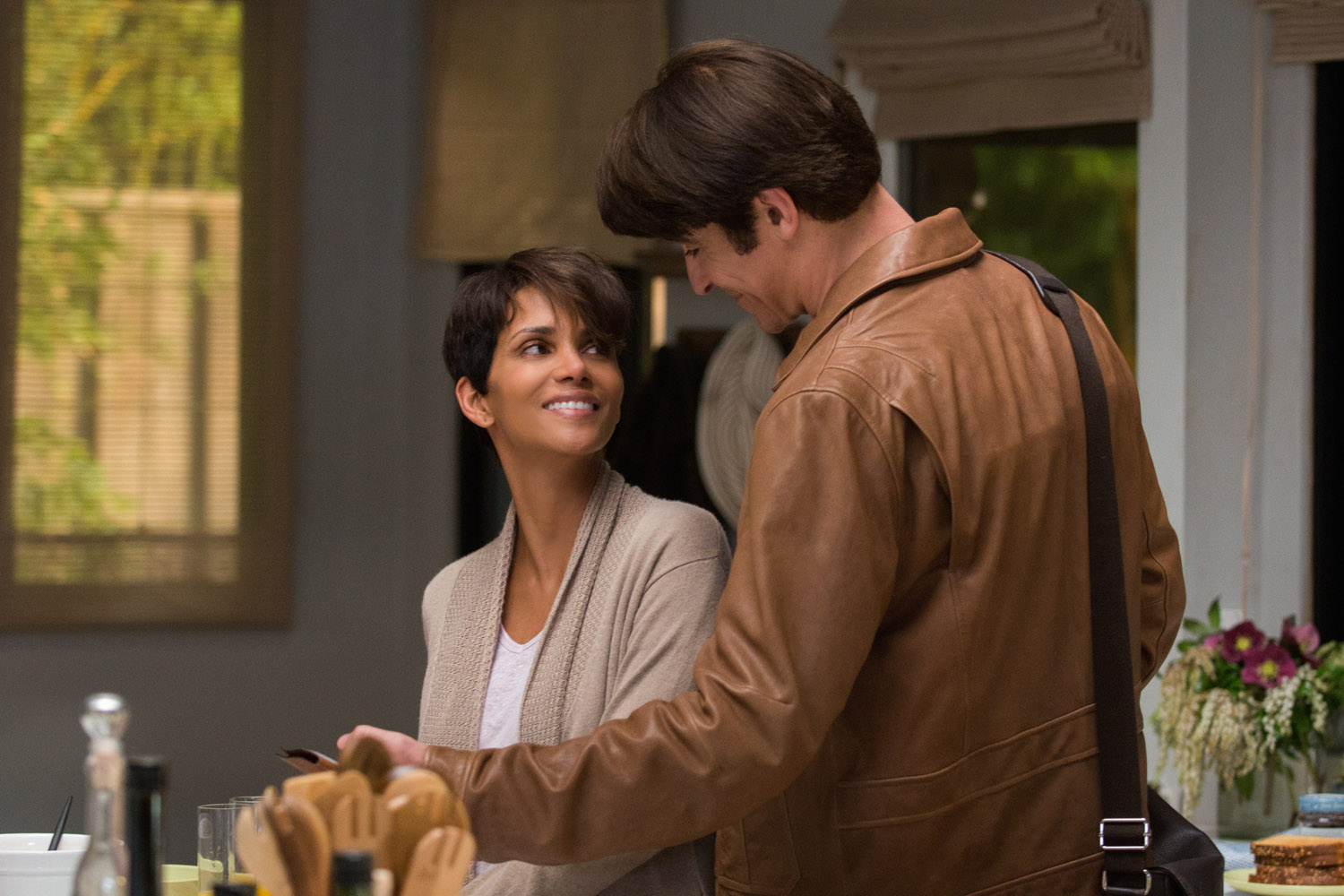 Extant - Exclusive Photo with Halle Berry
