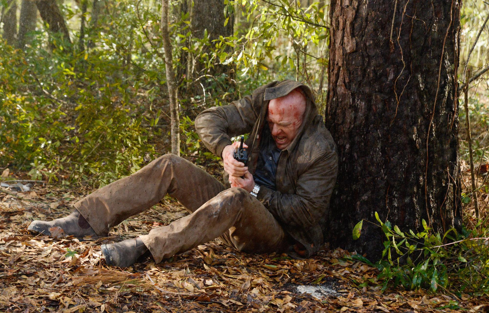 Season 2 Episode 3 - Under The Dome - CBS.com