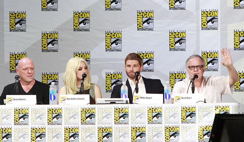Under The Dome Comic-Con 2014 Panel