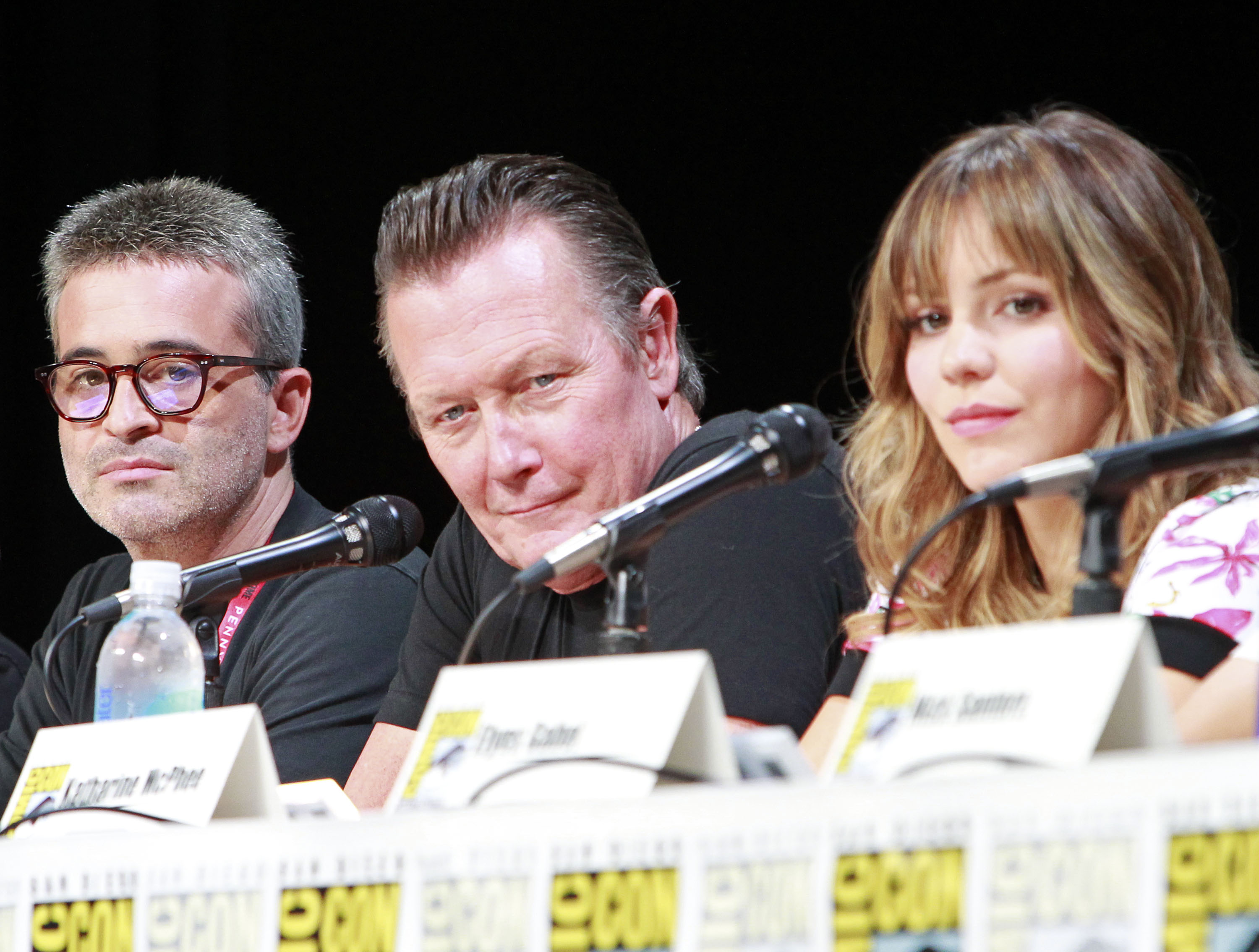 Executive Producer Robert Orci, Robert Patrick and Katharine McPhee Chat with the Fans