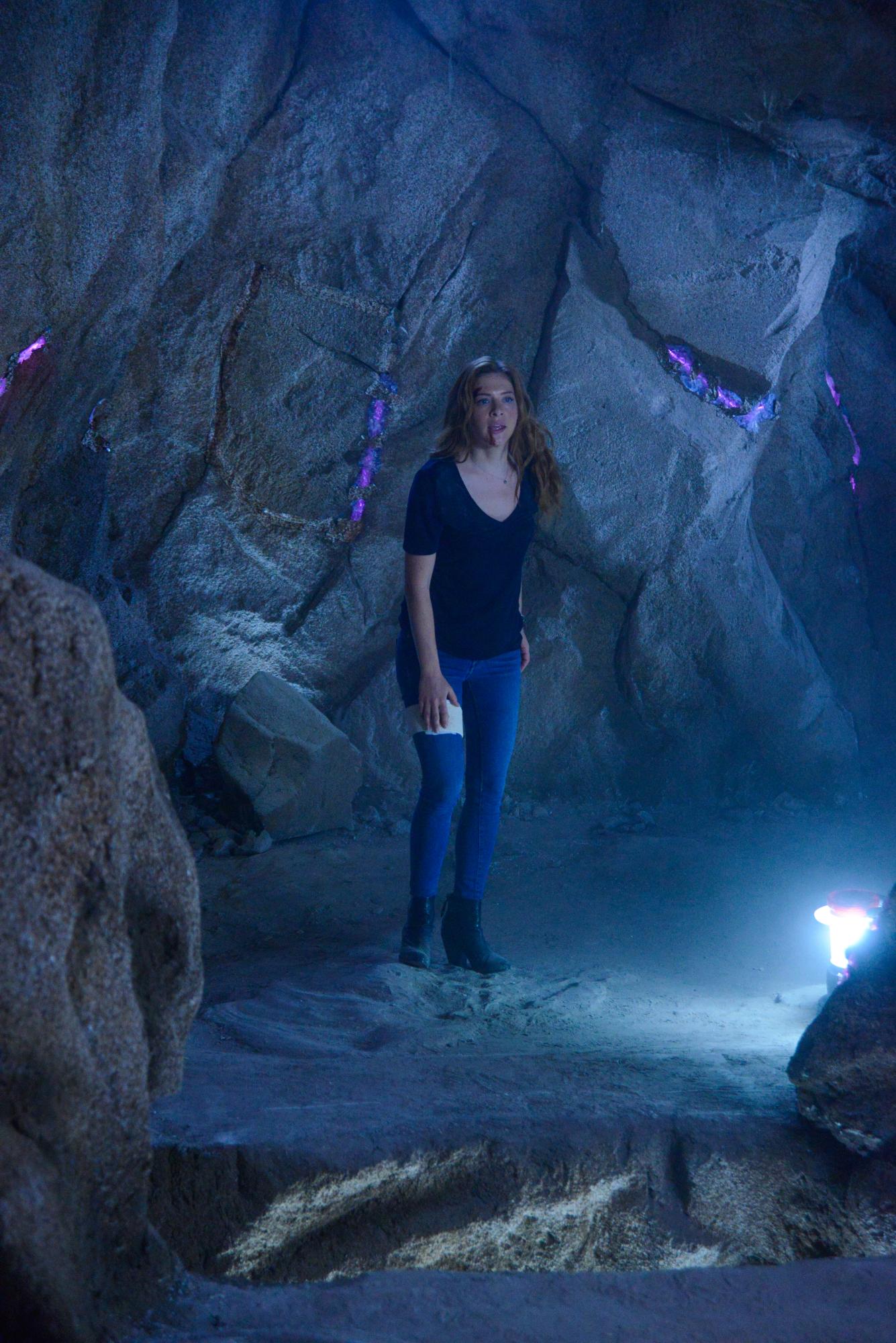 Julia - Under The Dome Season 2 Finale