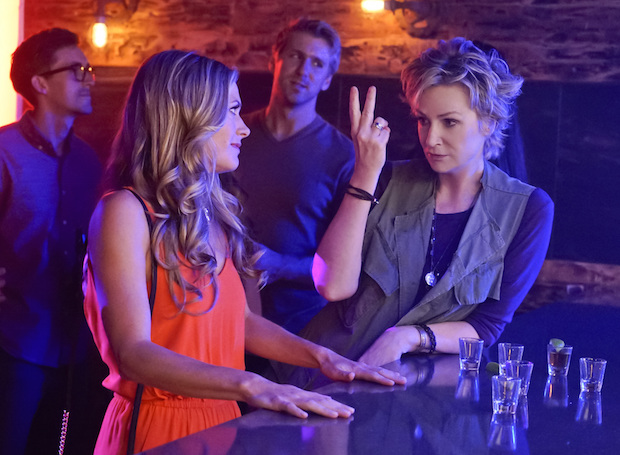 Amy helps Allison get back into the dating game