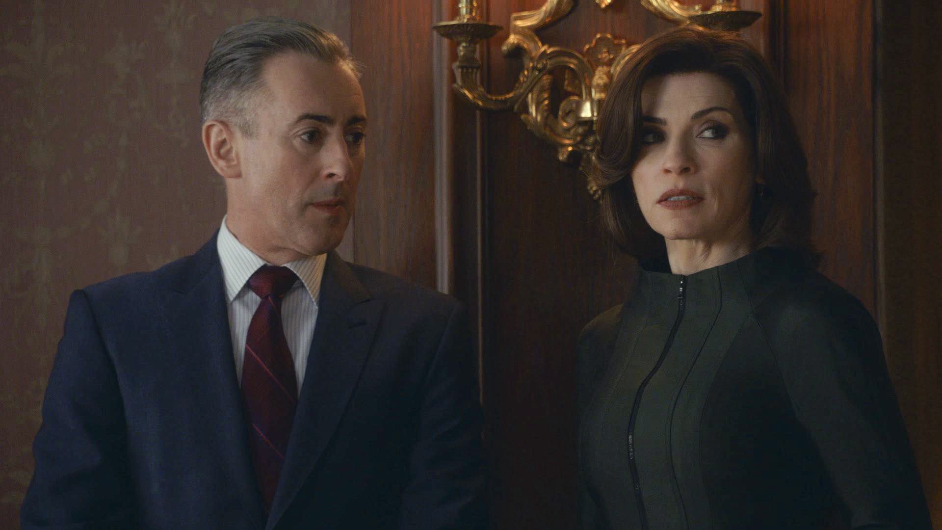 12. While At a Fundraiser as the Governor's Wife, Alicia Has Her Armor On