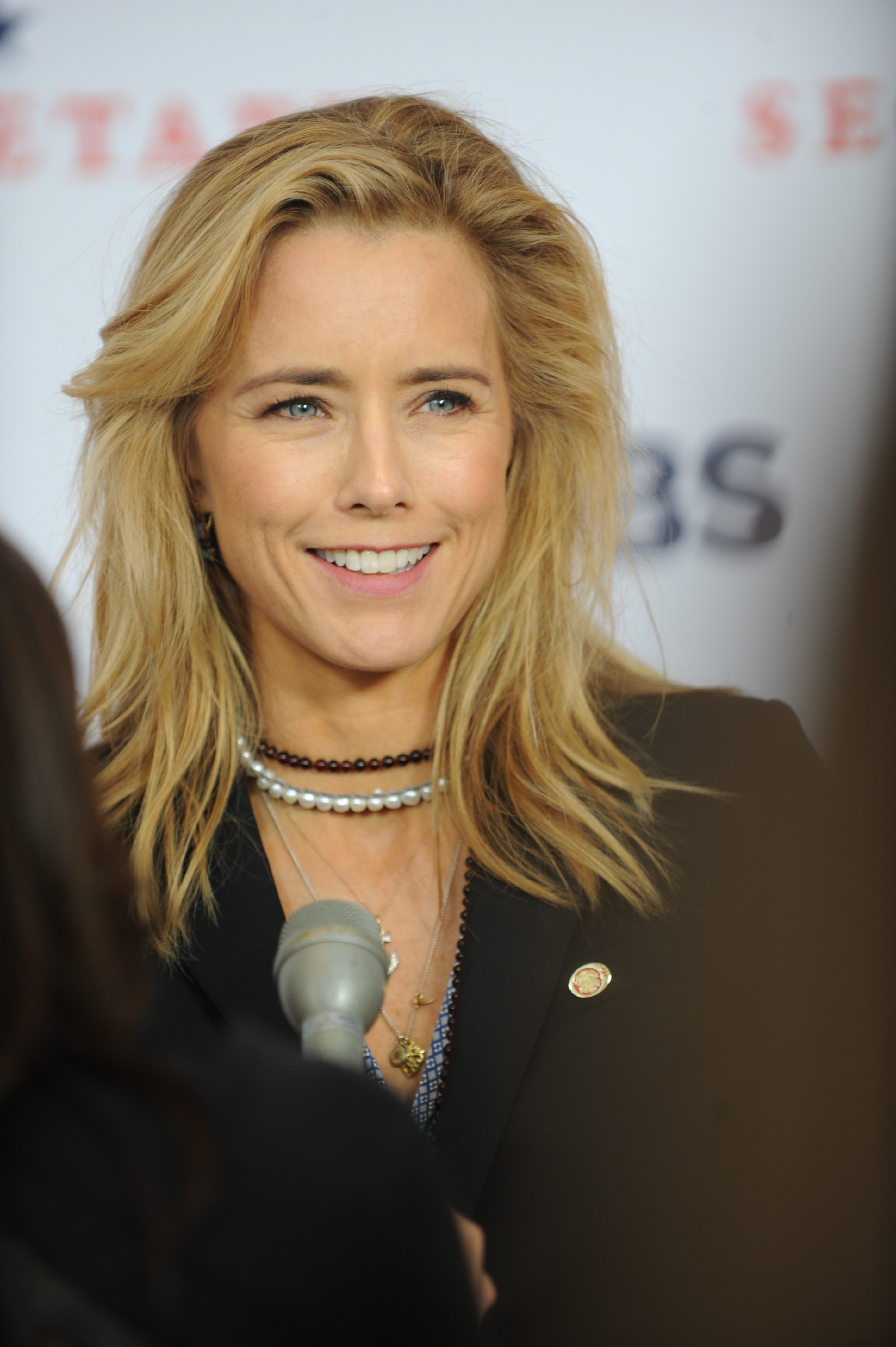 "5. Téa Leoni has appeared in many feature films, including ""Flirting with Disaster,"" ""Deep Impact,"" ""Spanglish,"" ""Jurassic Park III"" and ""The Family Man,"" among others."