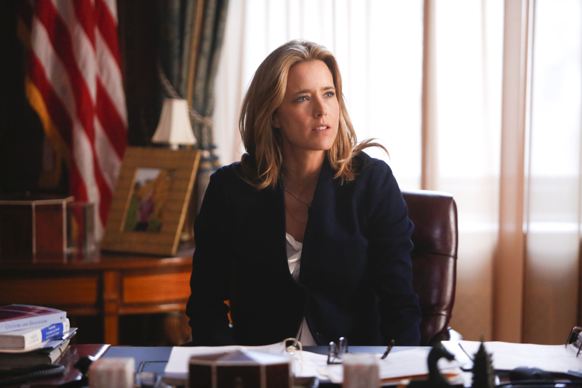 1. Téa Leoni studied anthropology and psychology in college at Sarah Lawrence.