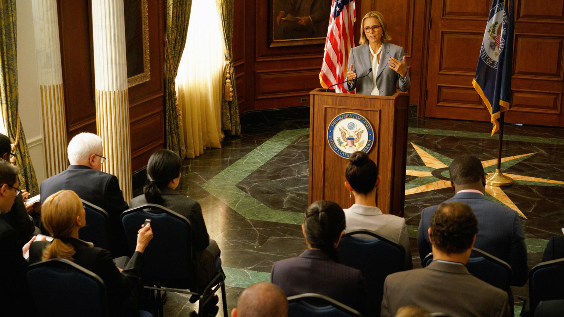 The Madam Secretary crew shoots its Season 4 episode