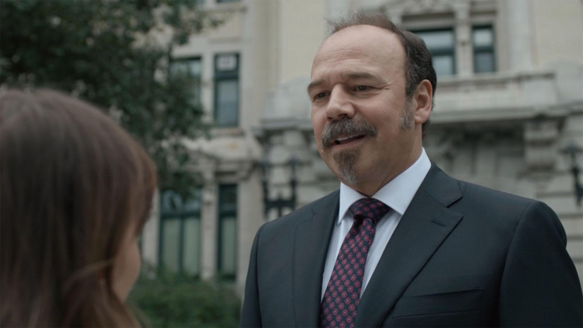 Danny Burstein as Lewis Cormier