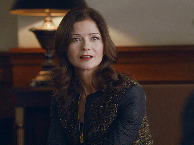 Jill Hennessy as Rayna Hecht