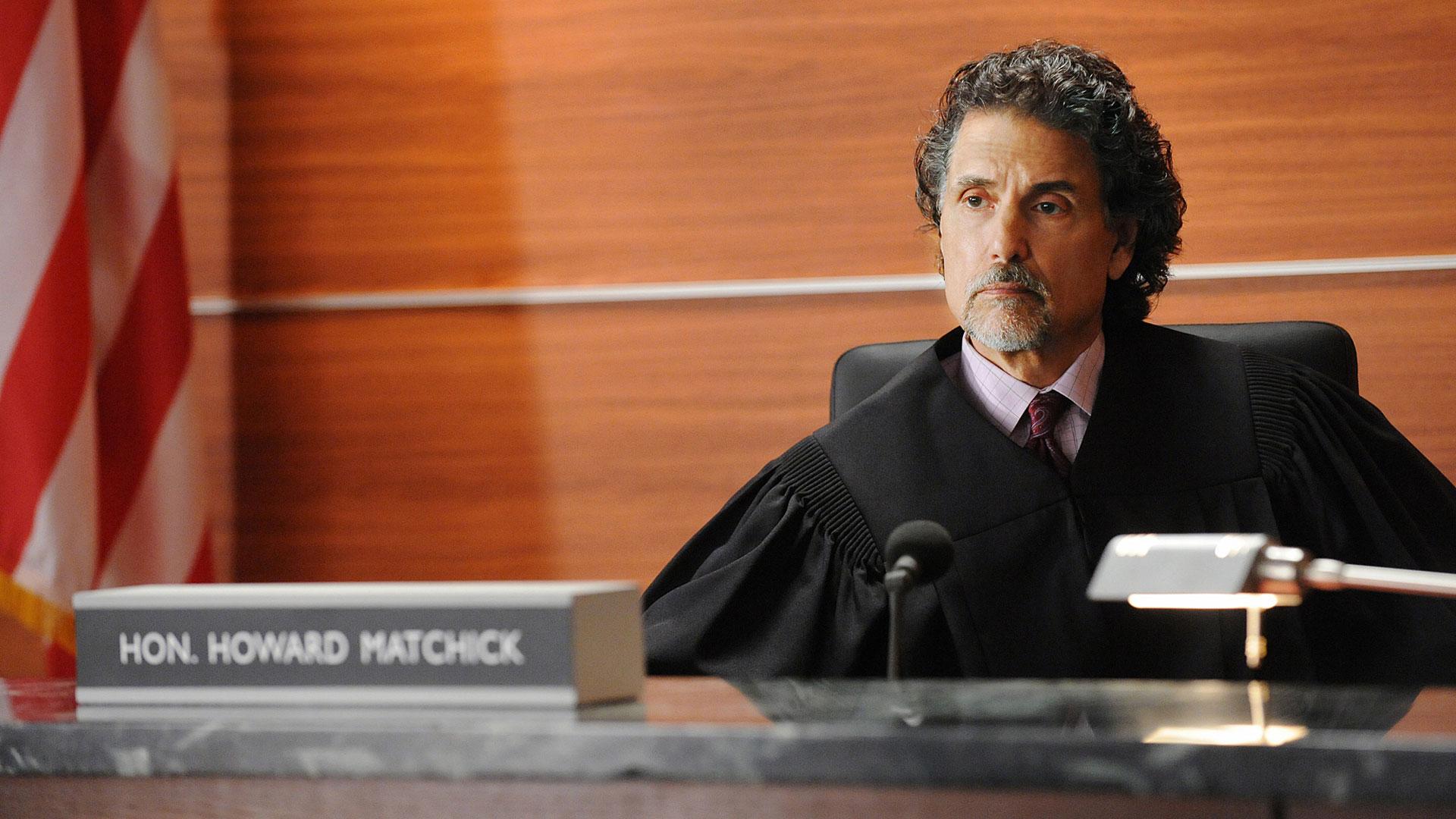 Judge Howard Matchick (Chris Sarandon)