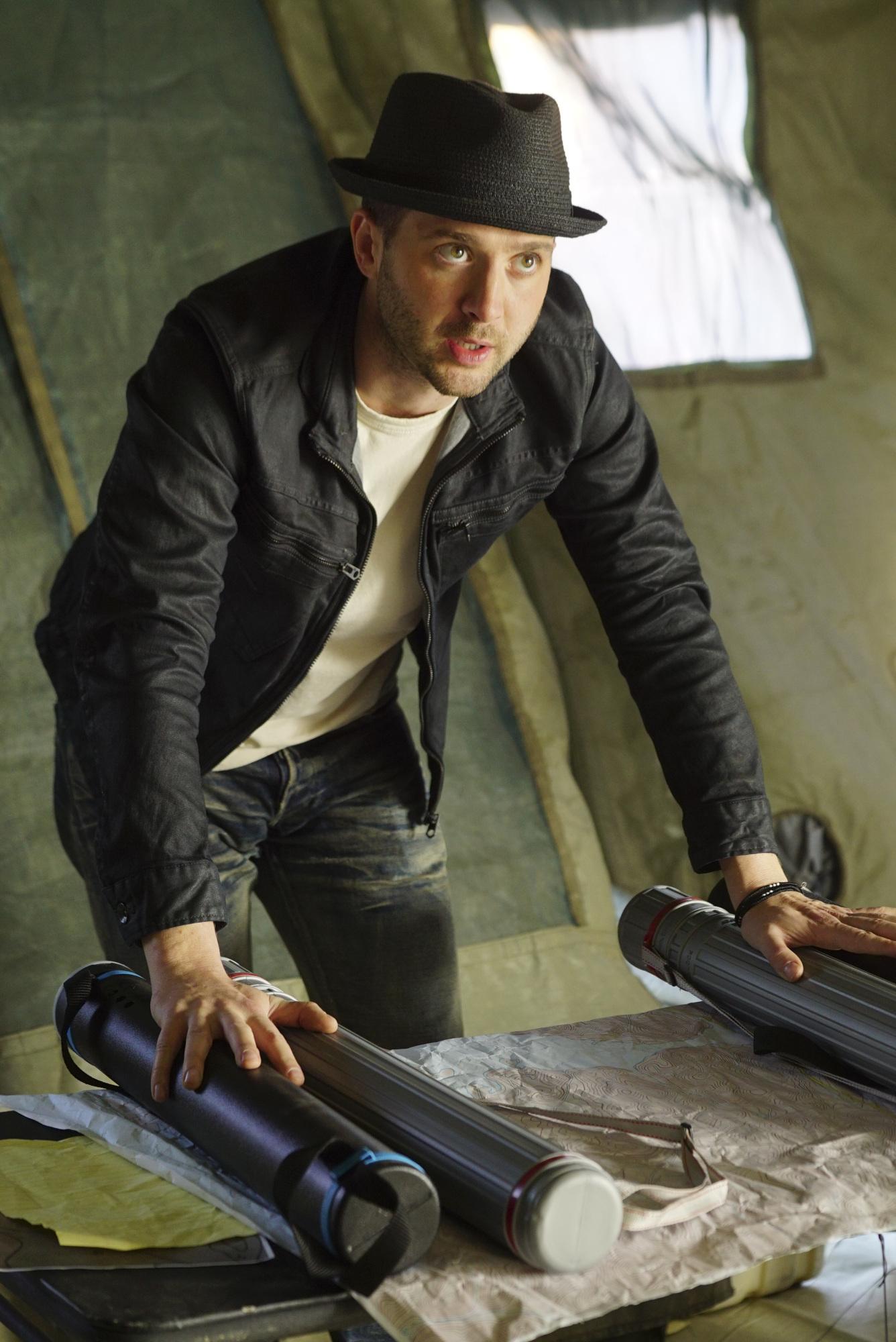 Eddie Kaye Thomas as Toby Curtis