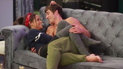Big Brother's Jess And Cody Bring Love To The Amazing Race